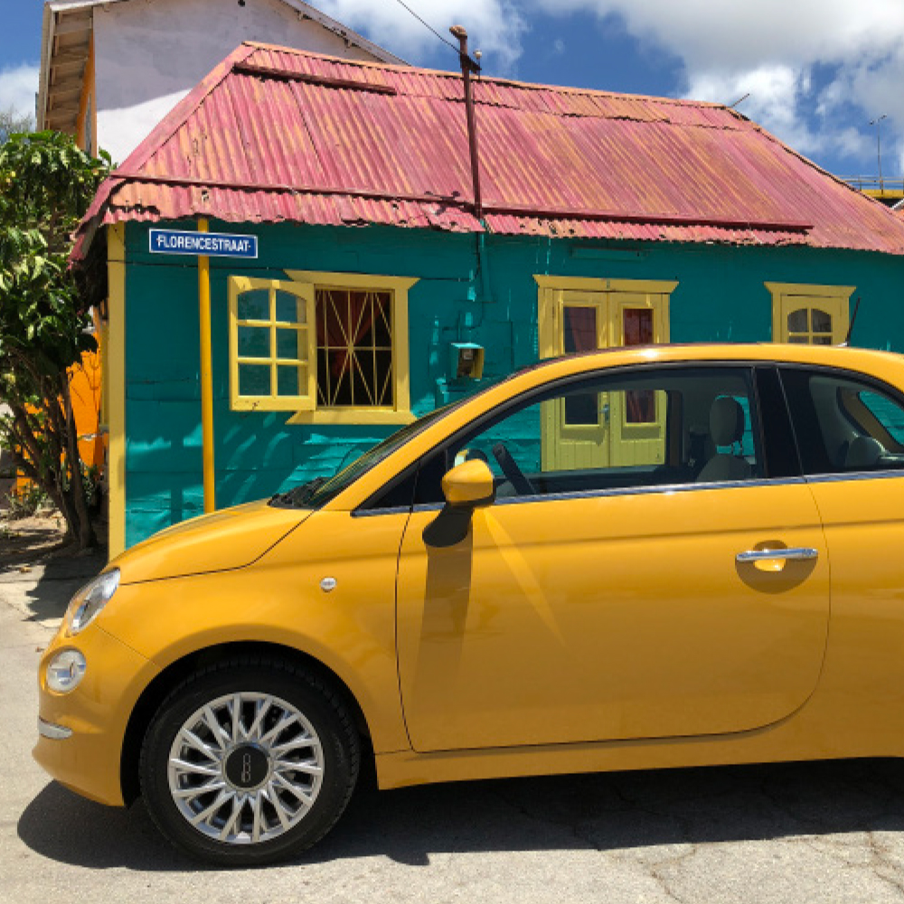 Fiat 500 yellow - USD 50 p.d.*