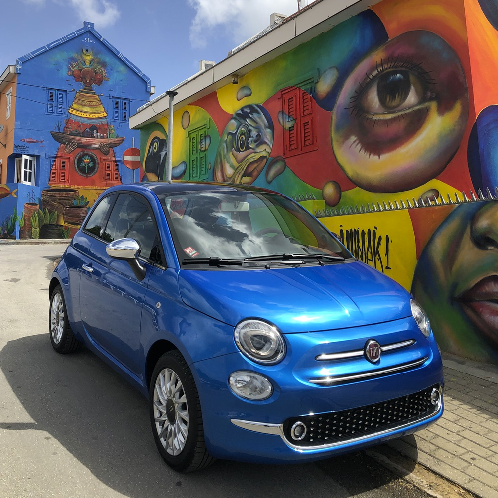 Fiat 500 blue manual - USD 50 p.d.*