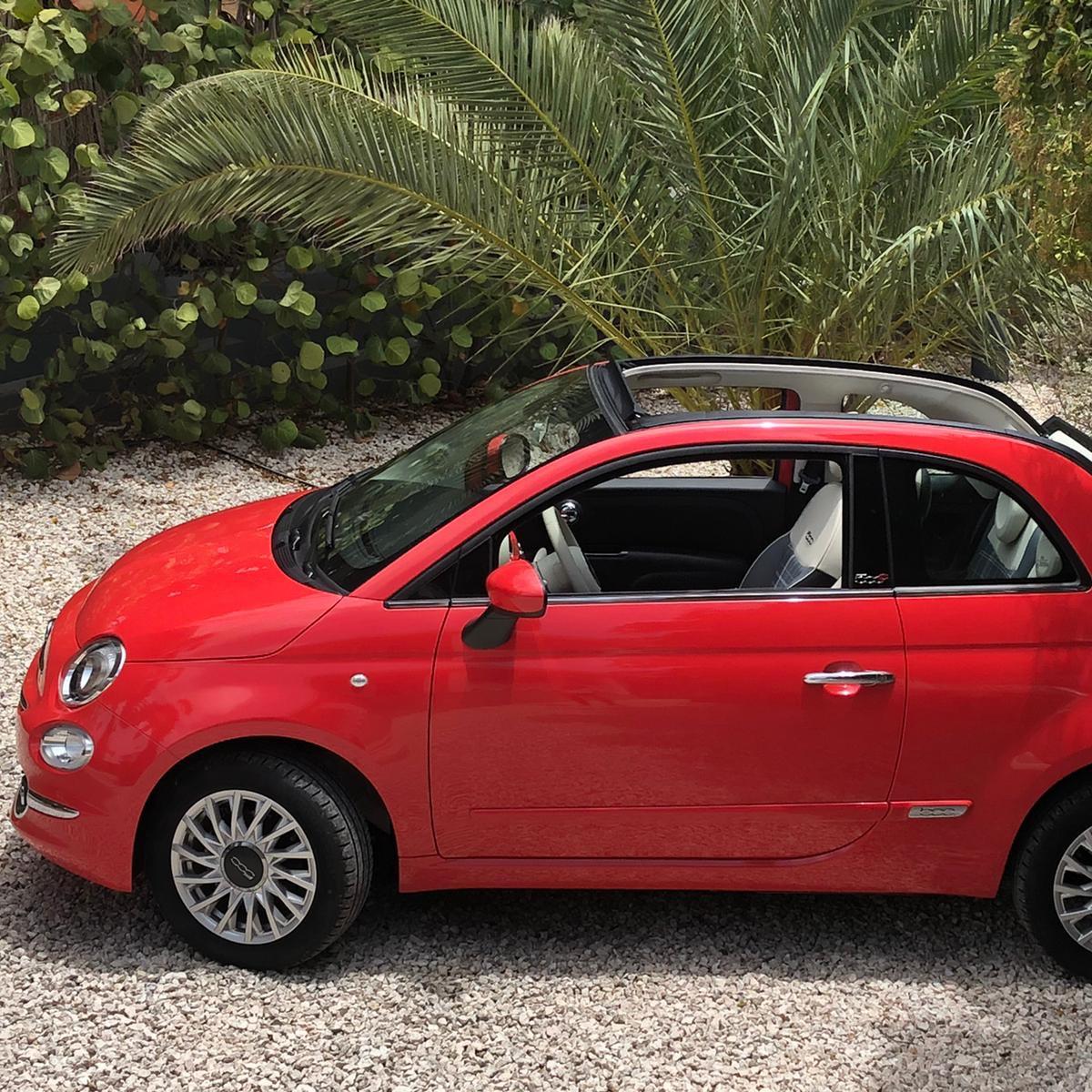 Fiat 500 cabrio coral red - USD 55 p.d.*